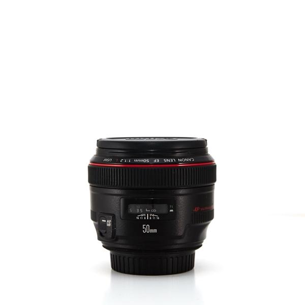 Image sur Canon EF 50mm f/1.2L USM